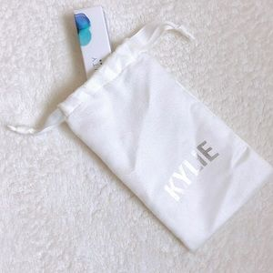 kylie cosmetics pouch bag
